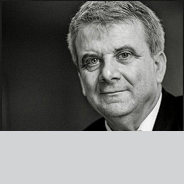 Dr Martin Evans